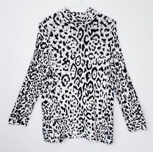 Chico's leopard patterned cozy sweater size M